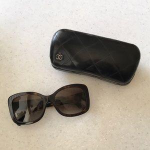 Chanel Sunglasses - POLARIZED